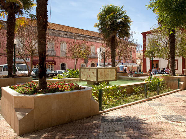A plaza in Silves surrounded by old buildings